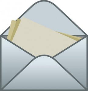 kuvert med brev nyhedsbreve